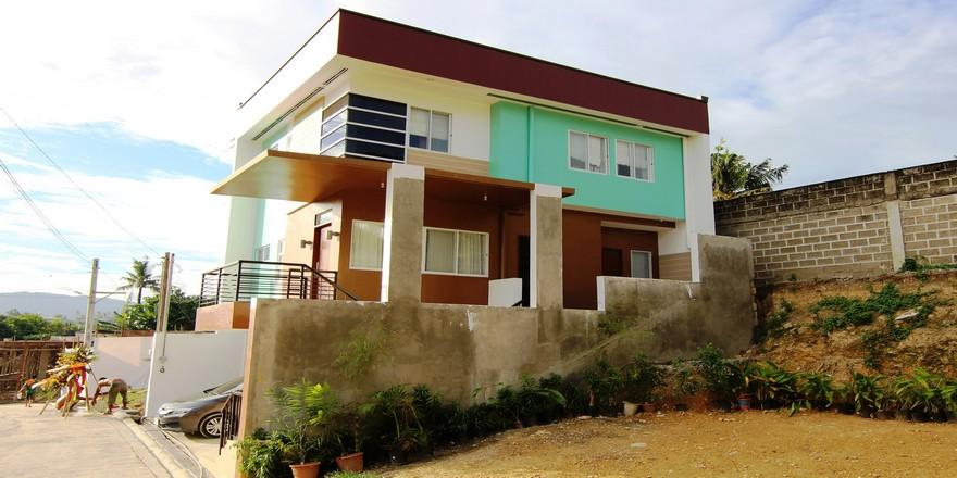 House for Sale in Mandaue Cebu with 4 Bedrooms