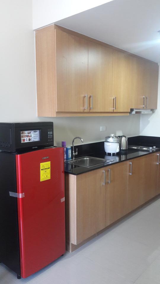 Condominium For Rent in Sunrise Drive Corner Epifanio Delos Santos Avenue Extension Pasay City, Pasay, Ncr