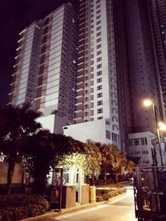 Condominium For Sale in Mrt-boni Avenue Station, Mandaluyong, Ncr
