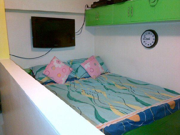 Condominium For Rent in R. Delfin Street Brgy. Marulas, Valenzuela, Ncr