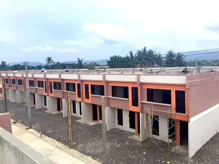 Townhouse For Sale in Dumlog, Talisay