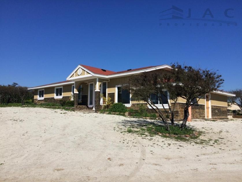 Casa-standar_http://multimedia.resem.co/s838x629_1471469761619-Limache, Quillota