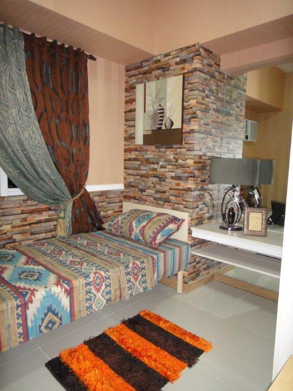 Condominium For Rent in Boni Avenue, Barangka Ilaya, Metro Manila