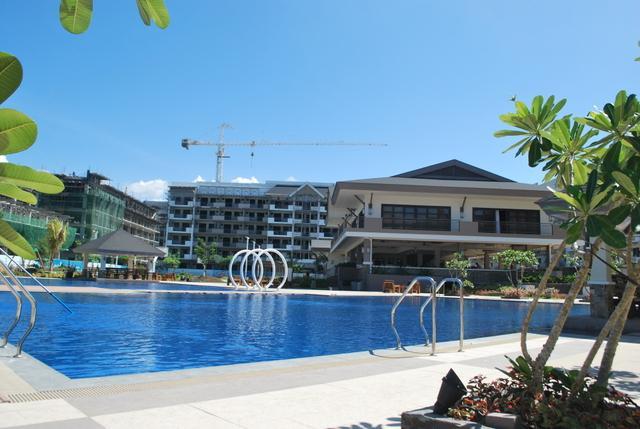 Condominium For sale in Naia Road, Sto. Nino, Metro Manila