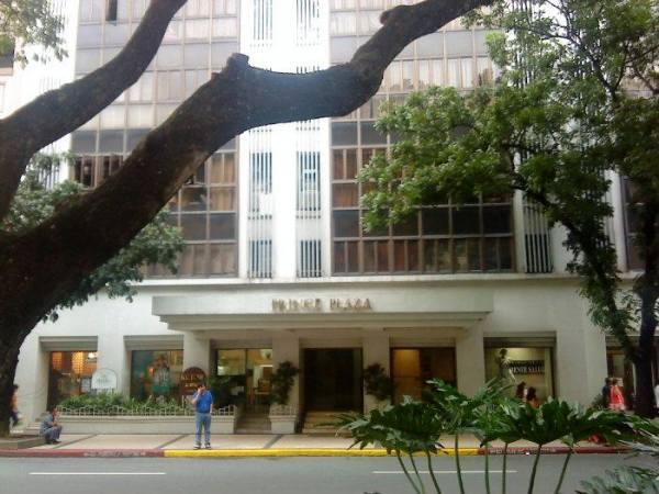 Condominium For Sale in Legazpi St., San Lorenzo, Metro Manila