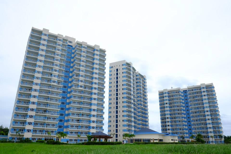 Condominium For Sale in Barangays Punta Engaño, Lapu-lapu, Cebu, Central Visayas, Punta Engaño, Cebu