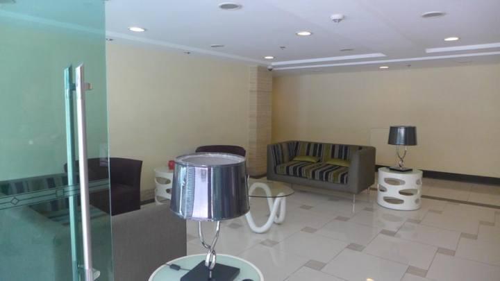 Condominium For Sale in Sales Rd, Newport, Pasay, 1309 Metro Manila, Pasay, Ncr
