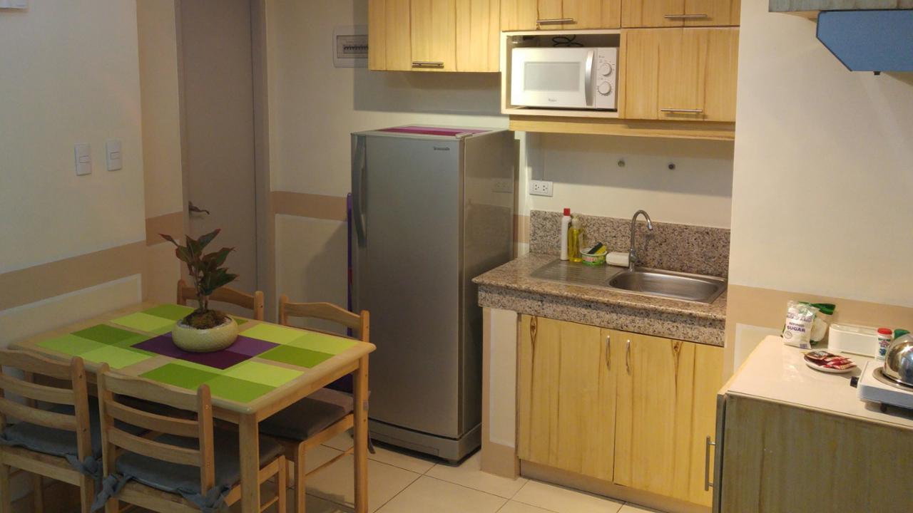 Condominium For Rent in Suntrust Adriatico Gardengs Condominium Malate Manila, Malate District, Metro Manila