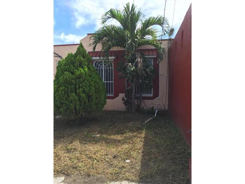 Casa en  renta en Casa En Renta Col. Heroes De Nacozari Calle 5 De Mayo 95, Ciudad Del Carmen